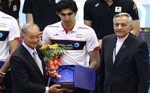 والیبالیست مهابادی در تیم شهرداری ارومیه باقی ماند