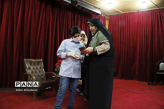 تولید محتوای سازمان دانش آموزی شهر تهران در منطقه 8
