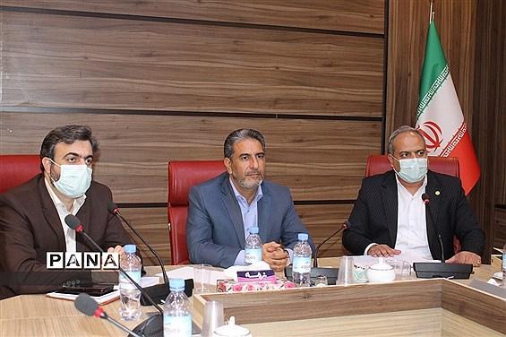 اولین جلسه کارگروه مالی و پرورشی مدیران منتخب استانی در ادارهکل آموزش و پرورش شهرستانهای تهران