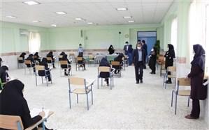 معاون سواد آموزی اداره کل آموزش و پرورش استان بوشهر از دو حوزه امتحان نهایی شبانکاره بازدید کرد