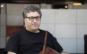 عباس امینی: ریسک اکران آنلاین را قبول کردیم تا در لیست انتظار اکران در سینما  قرار نگیریم