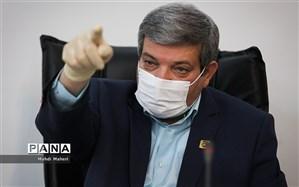 حسینی: شما دانشآموزان باید تیغ تیز نقادی خود را به ما هدیه کنید