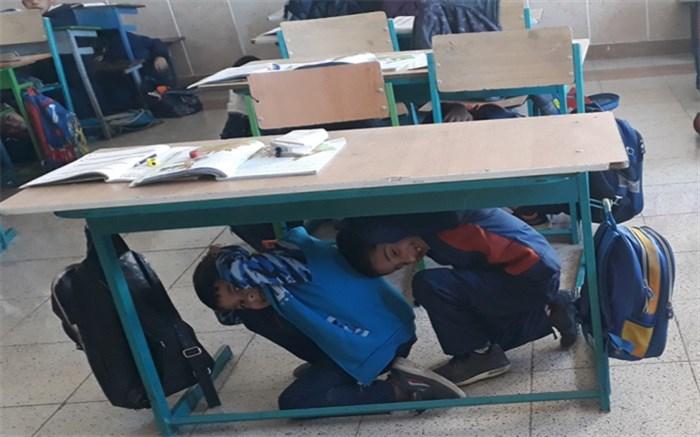 کسب رتبه عالی چهارمحال وبختیاری در برگزاری مانور سراسری زلزله مدارس