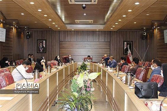 جلسه توجیهی آموزشی مسئولان سازمان دانشآموزی مناطق 21گانه شهرستانهای استان تهران