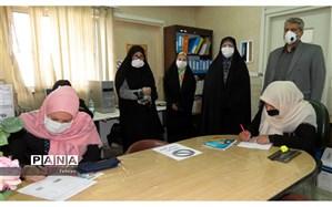 بازدید مدیر آموزش و پرورش منطقه 8  از حوزههای امتحانی دوره های سوادآموزی