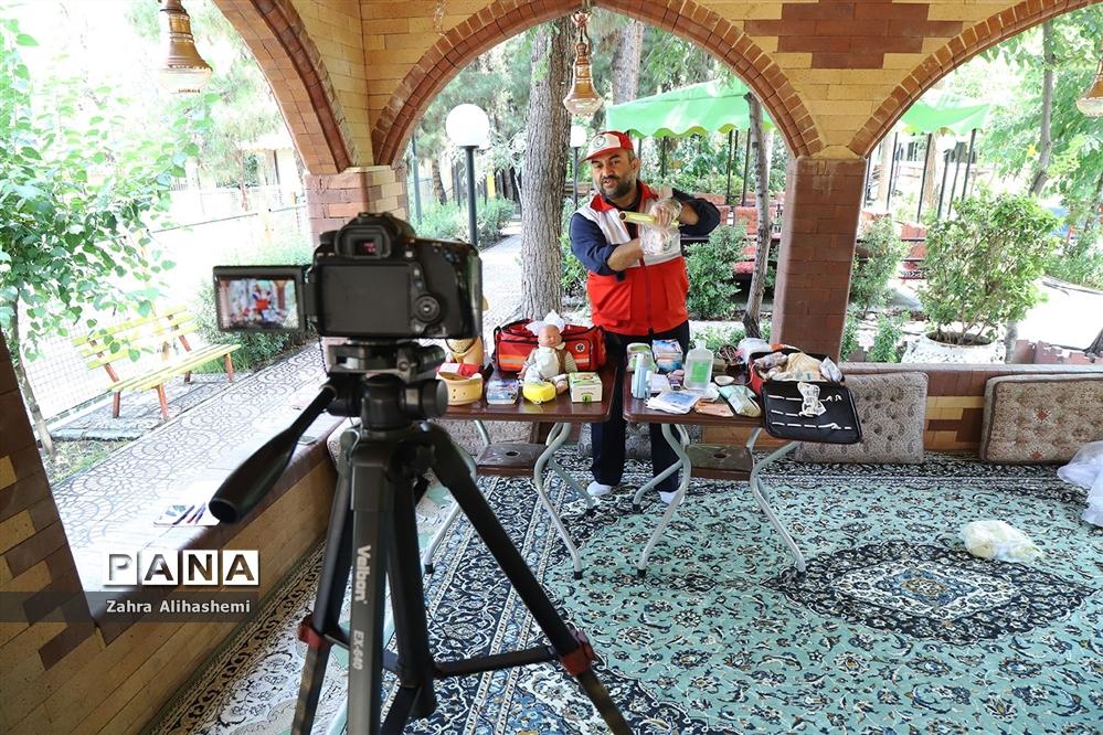 تولید محتوای سازمان دانش آموزی شهر تهران در منطقه 14