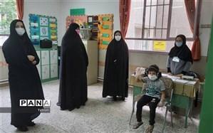 بازدیدسید مومن از پایگاه های سنجش دانش آموزان بدو ورود به دبستان