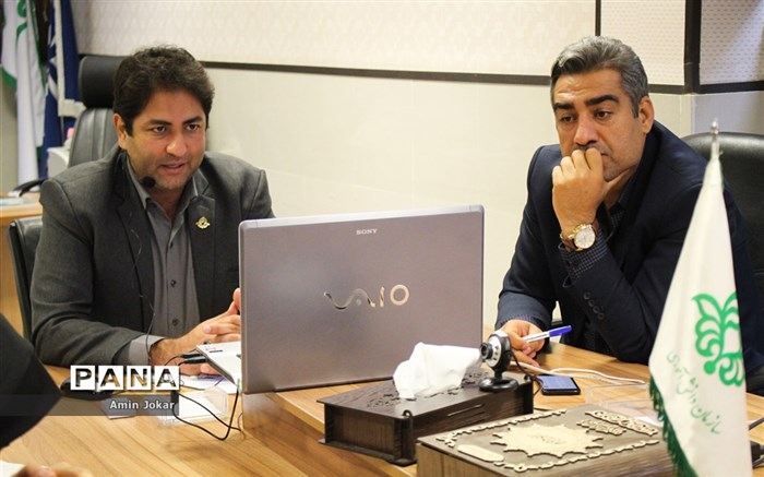 برگزاری نخستین گردهمایی آنلاین روسای سازمان دانشآموزی فارس