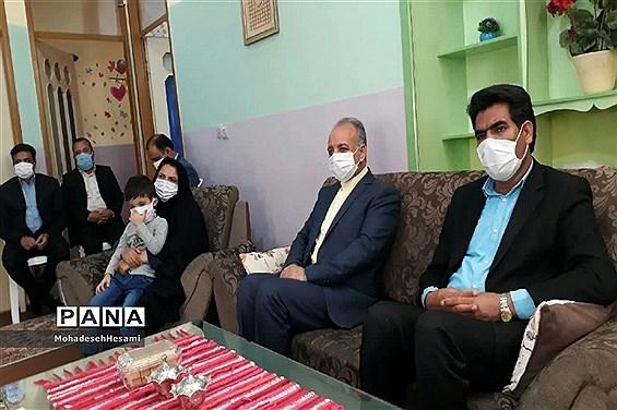 بازدید و دیدار مدیرکل آموزش و پرورش خراسان جنوبی با 18 دانش آموز با نیازهای ویژه