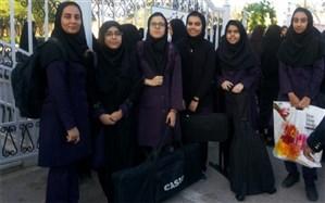 هنرمندان دبیرستان فرزانگان در مسابقات فرهنگی هنری دانش آموزان خوش درخشیدند