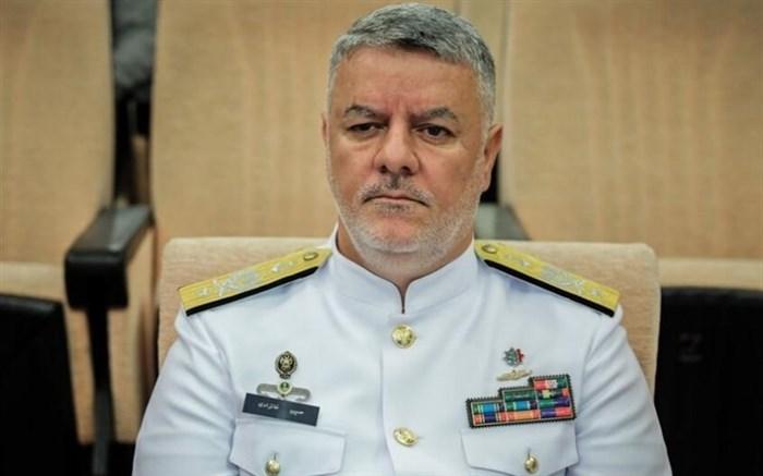 دریادار خانزادی: در ساخت تجهیزات دریایی به طور صددرصد خودکفا شدیم / هیچگاه دست نیاز به سوی دشمن دراز نخواهیم کرد