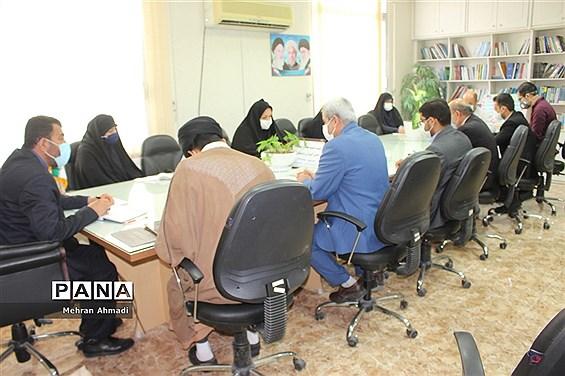 نشست کمیته عفاف و حجاب دانش آموزان و فرهنگیان استان بوشهر