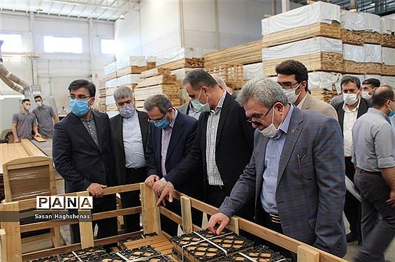بازدیداستاندار تهران و نمایندگان مجلس شورای اسلامی از مراکز تولیدی و شهرک های  صنعتی اسلامشهر