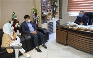 دیدار دانش آموز اعزامی به دهمین جشنواره سعدی با مدیرکل آموزش و پرورش خراسان شمالی