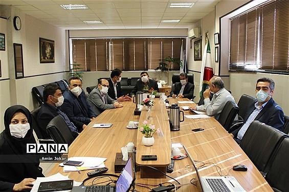 آغاز انتخابات دهمین دوره مجلس دانشآموزی و بیست و یکمین دوره شورای دانشآموزی استان  فارس