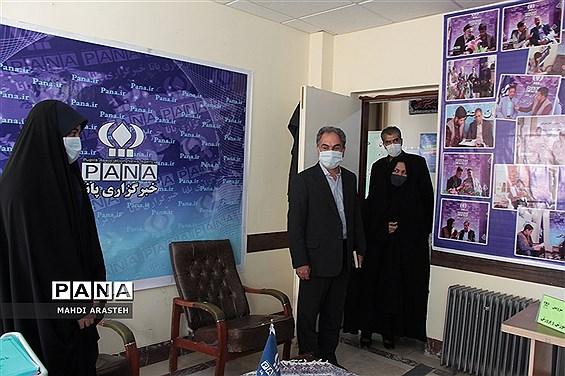 دیدارمدیرآموزش و پرورش شهرستان بیرجند با دانش آموز خبرنگاران  پانا استان خراسان جنوبی
