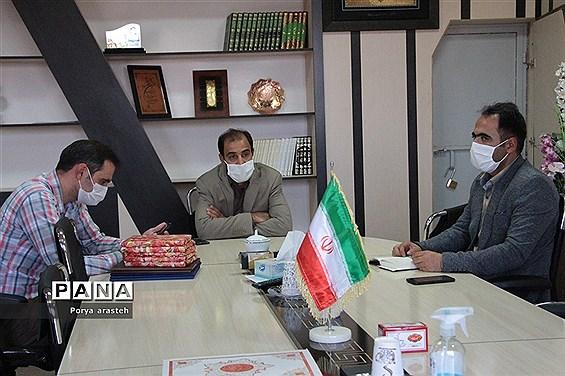 تجلیل از خبرنگاران توسط فرماندار شهرستان خوسف