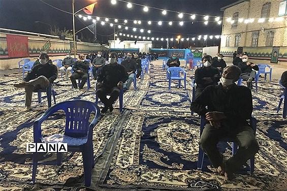 عزاداران اباعبدالله الحسین(ع) در هیات رزمندگان اسلام شهرستان نى ریز
