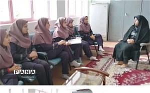 شورای دانش آموزی دبیرستان الزهرا ابرکوه  مقام دوم استانی را کسب کرد