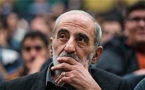 حسین شریعتمداری هم از دیپلماسی دولت حمایت کرد