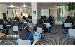 مراسم معارفه دانش آموزان ورودی جدید دبیرستان مهدویه