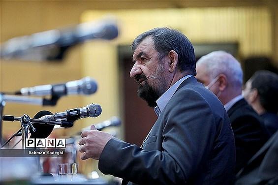 محسن رضایی : ایران از عراق مستقل، یکپارچه و مقتدر حمایت میکند