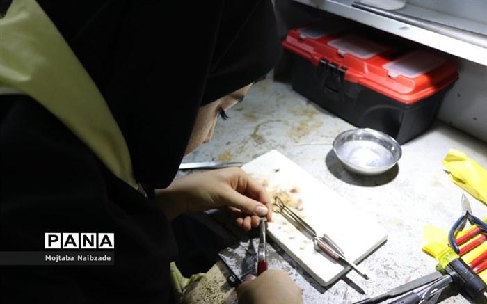 برگزاری جشنواره غذای سالم  و دست سازههای هنرجویان  هنرستان شهدای فلسطین ناحیه 4 مشهد