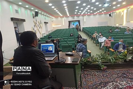 نخستین دوره آموزش مقدماتی خبرنگاری به همت بسیج رسانه در سالن شهید شهابیان کاشمر