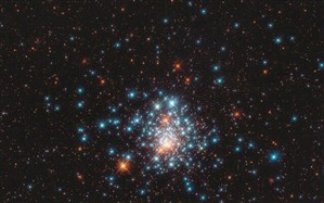 عکس روز ناسا؛ اجتماع ستارههای قرمز و آبی در یک قاب