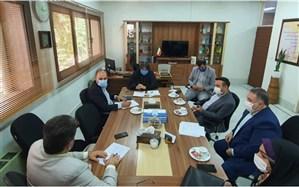 اولین جلسه سید مومن با شورای معاونین آموزش و پرورش منطقه1
