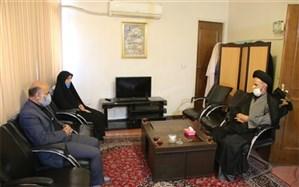 دیدار مدیر آموزش وپرورش شهرستان اسلامشهر با امام جمعه شهر احمدآباد مستوفی