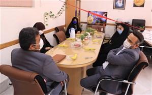 بازدید رئیس اداره تکنولوژی و گروههای آموزشی شهر تهران ازآموزش وپرورش  منطقه یک