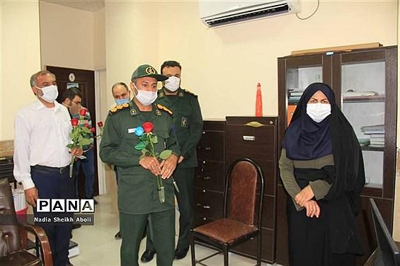 تجلیل مدیریت آموزش و پرورش شهرستان بوشهر از مدافعان سلامت