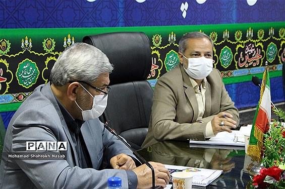 نشست شورای معاونان ادارهکل آموزش و پرورش خوزستان