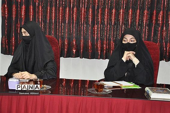 نشست اعضای مجلس و شورای دانشآموزی مازندران