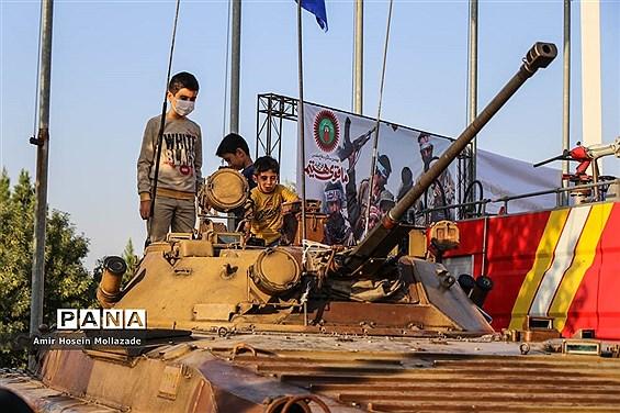 نمایشگاه هفته دفاع مقدس در ارومیه
