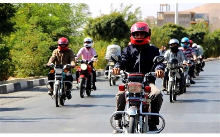 توزیع 500 عددکلاه ایمنی بین موتورسواران سیستان و بلوچستان