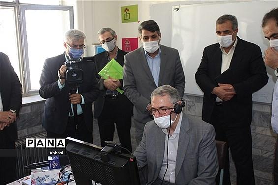 بازدید دبیرکل شورای عالی آموزش و پرورش از مدارس شهر زنجان