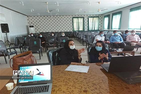 برگزاری کارگاه آموزشی محتوای الکترونیکی در شهرستان حمیدیه
