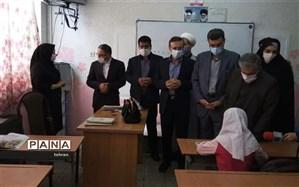 بازدید احمدی لاشکی از مدارس منطقه12