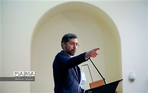 خطیبزاده: کانادا میزبانی مفسدان و سارقان ثروتهای مردم ایران را متوقف کند