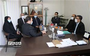 بازدید  گروه ارزیابی معاونت پرورشی شهر تهران از فعالیت های مدارس منطقه 19