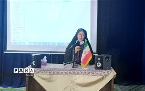 تجلیل از یادگاران شهدا در مدرسه تهرانی مقدم منطقه17