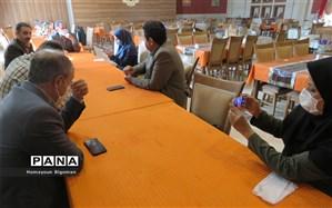 نشست خبری مدیر آموزش و پرورش شهرستان پردیس با خبرنگاران و تجلیل از خبرنگاران شهرستان پردیس