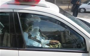 هدایت نمادین ترافیک نیشابور، توسط  یک  جوان  معلول