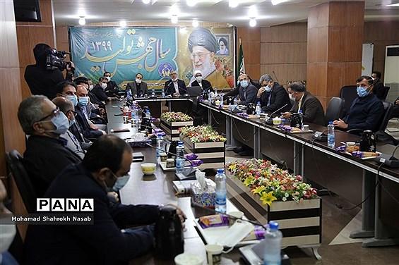 آیین تکریم و معارفه مدیرکل کمیته امداد امام خمینی  (ره) خوزستان