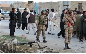 انفجار و تیراندازی جان ۱۲ نظامی را در پاکستان گرفت