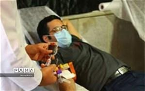 یاری بیماران نیازمند همراه با نذر خون