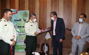 مدیر آموزش و پرورش از فرمانده نیروی انتظامی شهرستان فیروزه  قدردانی کرد