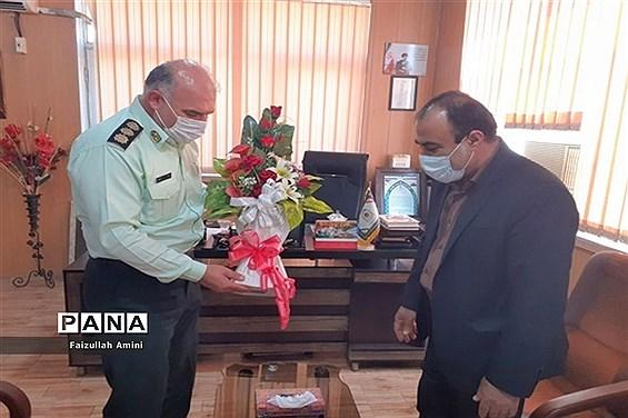 دیدار مدیر آموزش و پرورش شهرستان دشتستان با فرمانده نیروی انتظامی